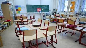 Wie Frankfurts Schulen für die zweite Welle vorbereitet werden