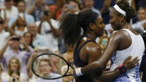 Serena Williams übersteht das Schwestern-Duell