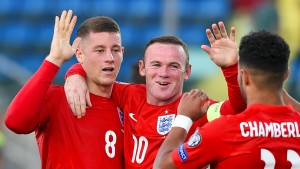 Rooney schießt England zur EM