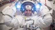 """28.000 km/h müssen es schon sein, """"sonst fällt man wieder runter"""": Gerst beim Training im Johnson Space Centre in Houston"""