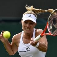 Mit Power: Angelique Kerber gewinnt ihr erstes Match in Wimbledon souverän.