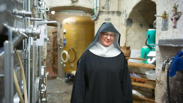 Die Nonne, der Wein und der Humor