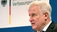 1980 kam er das erste Mal in den Bundestag: Seehofer