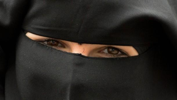 """""""Teenie-Dschihad"""" als Akt der Emanzipation"""