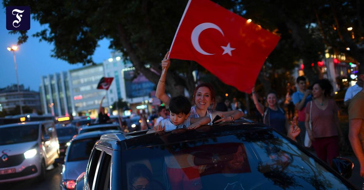 Nach Niederlage der AKP: Kontrollverlust in Istanbul