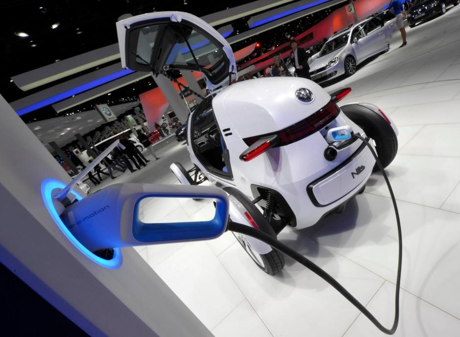 """Ergebnis der """"Erforschung eines technisch konkreten & wirtschaftlich tragfähigen Konzeptes für ein minimalistisches Individual-Fahrzeug mit E-Antrieb als dynamisches Pendlerfahrzeug und Aufbau eines entsprechenden Prototypen"""": Der VW-Elektroflitzer """"Nils"""""""