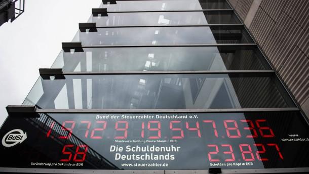 Deutschland hat 46 Milliarden Euro weniger Schulden
