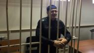 Wegen des angeblichen Besitzes von 200 Gramm Marihuana soll Ojub Titijew vier Jahre in Lagerhaft.