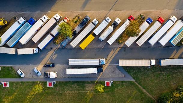 Länder sollen Sonntags-Fahrverbot für Lastwagen lockern