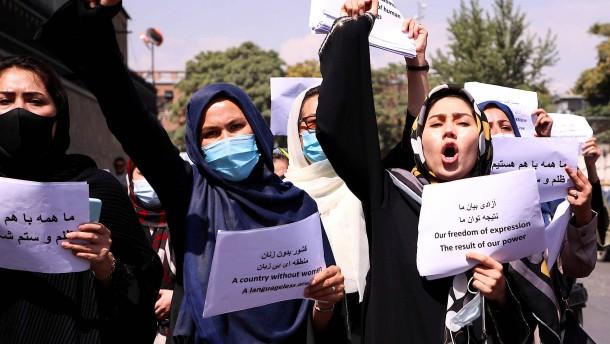 """Proteste in Afghanistan: """"Lieber sterben, als nicht demonstrieren"""""""