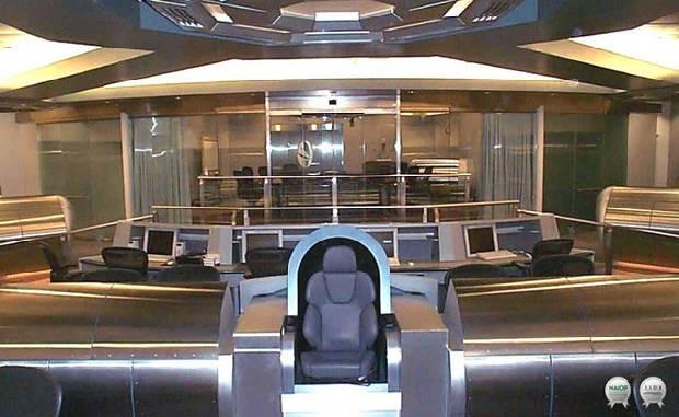 ... wie die Untergebenen von NSA-Chef Keith Alexander in der futuristischen Zentrale des Geheimdienstes