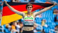 Claudia Nicoleitzik holt die Silbermedaille über 100 Meter.