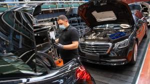 Umstrittene Daimler-Dividende soll beschlossen werden