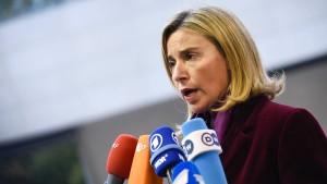 EU will Beitrittsverhandlungen mit der Türkei vorerst fortführen