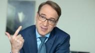 Jens Weidmann, Präsident der Bundesbank, während des Gesprächs mit der F.A.S. in Frankfurt