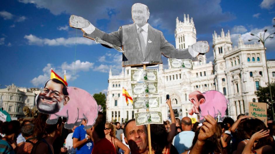 Demonstranten in Madrid protestieren am Samstag gegen die Sparpolitik der Regierung