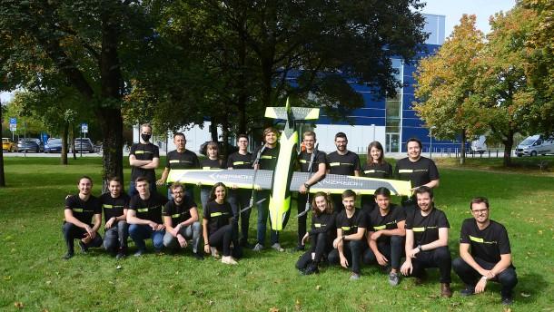 Münchner Studenten bauen einen Senkrechtstarter