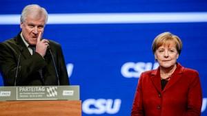 Seehofer droht mit Boykott des CDU-Parteitags