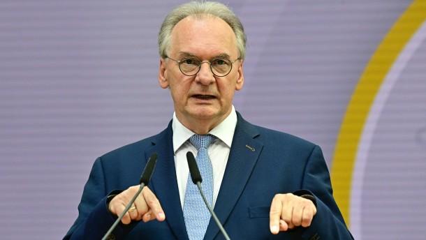 """Haseloff sieht ein """"Demokratieproblem"""""""