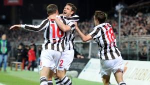 St. Pauli siegt mit 1:0 gegen Karlsruhe