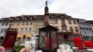Gedenken am Stadtbrunnen in Endingen.