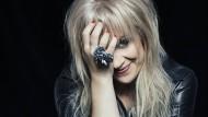 Liebt Patti Smith: Märta Larsson ist Schmuckdesignerin, Tänzerin und Rocksängerin.