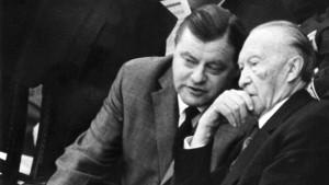 Adenauer und seine Minister stellten Hunderte Strafanträge