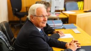 Strafe für ehemaligen Eschborner Bürgermeister halbiert