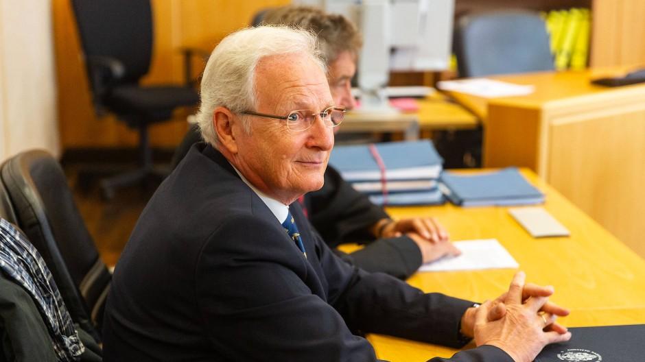 Prozess im Frankfurter Landgericht: Der ehemalige Eschborner Bürgermeister Mathias Geiger (Archivbild)