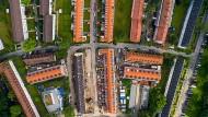 Beispiel Riederwald: Sechs Häuserzeilen (Mitte) wurden saniert.