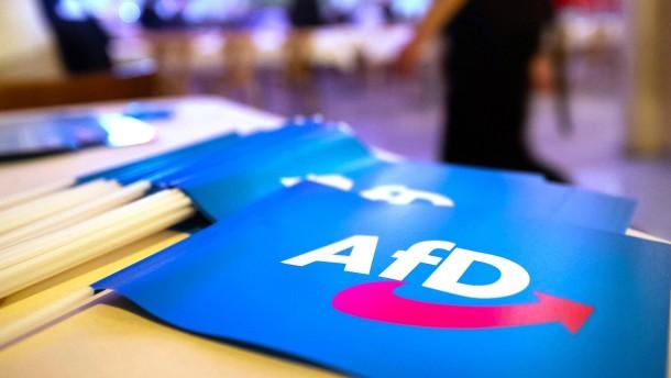 AfD sinkt auf niedrigsten Wert seit einem Jahr