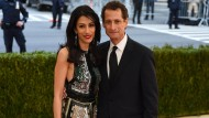 Huma Abedin und Anthony Weiner bei der Met-Gala im Mai 2016 – nach der neuen Sexting-Affäre lässt sich Abedin nun scheiden.