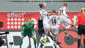 Meier köpft St. Pauli zum Sieg