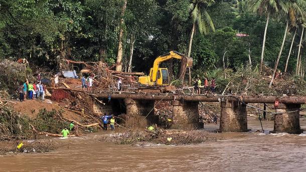 Zahlreiche Tote bei Überschwemmungen in Indien