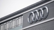 Das Audi-Logo an der Konzernzentrale in Ingolstadt