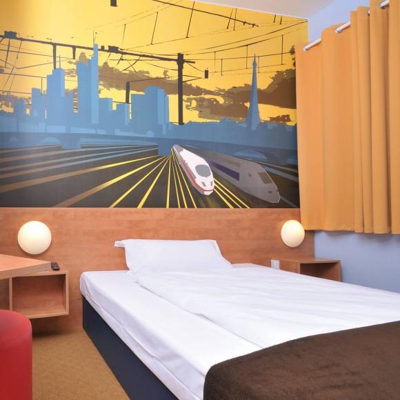 wenig platz f r wenig geld billighotels in bildern. Black Bedroom Furniture Sets. Home Design Ideas