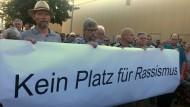 Nach Mordversuch: Mahnwache in Wächtersbach gegen Rassismus.