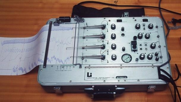 "Luegendetektor (""Polygraph"")"