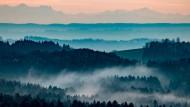 Das Alpengebirge als natürliche Grenze: Doch welchen Einfluss haben Staatsgrenzen auf regionale Kulturen?