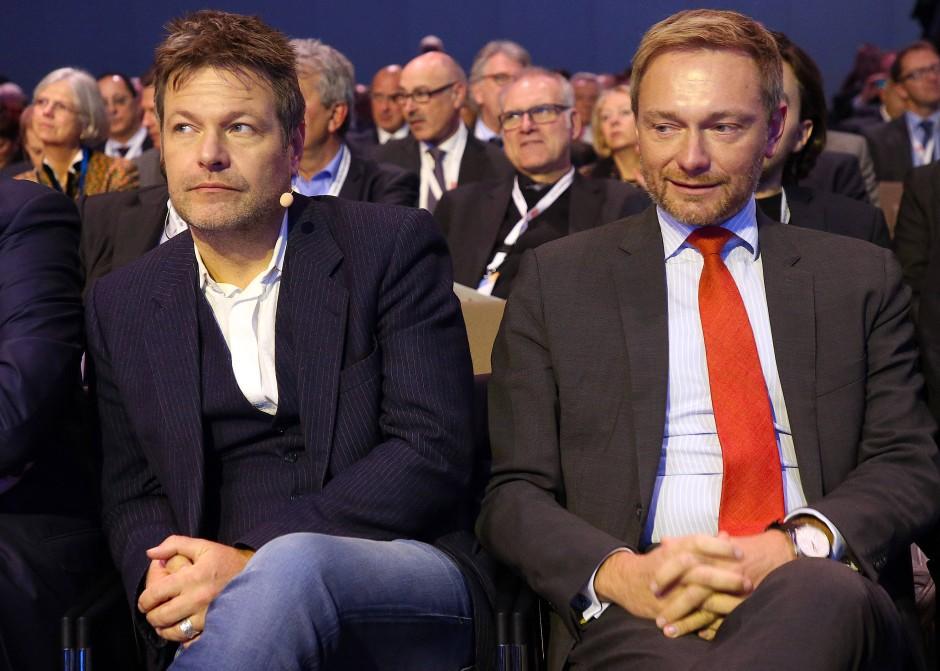 Gut miteinander bekannt: Christian Lindner im November 2018 mit dem Grünen-Vorsitzenden Robert Habeck