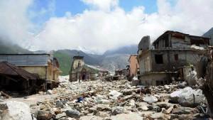 Hubschrauber verunglückt bei Rettungseinsatz nach Monsun