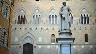 Italiens Skandal-Bank macht wieder Gewinn