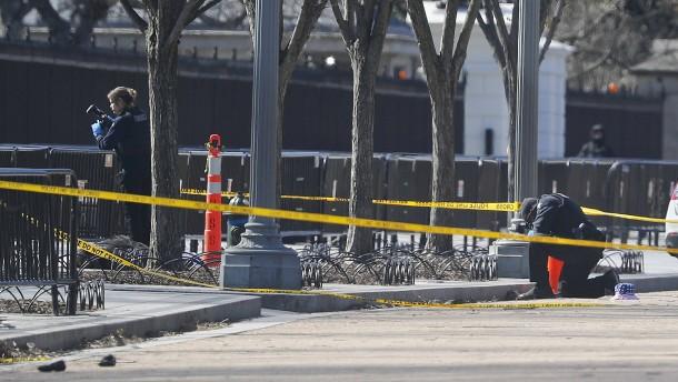 Mann erschießt sich vor dem Weißen Haus