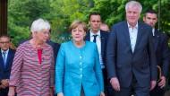 Merkel und Seehofer verteidigen G-20-Ergebnisse