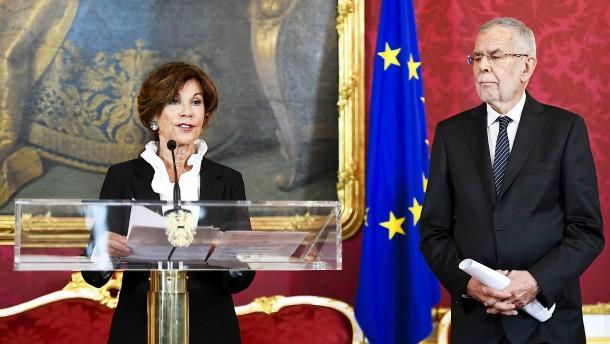 Brigitte Bierlein wird Österreichs neue Bundeskanzlerin