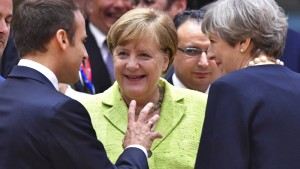 Merkel, Macron und May schmieden Anti-Trump-Allianz