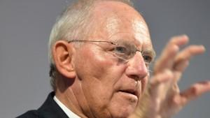 Schäuble dämpft Erwartungen vor Steuerschätzung