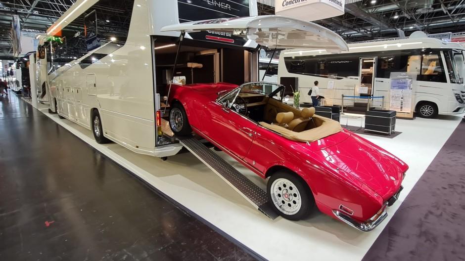 Klassik-Werkstatt: Concorde passt die Garage des Liner 1090 GOI an die Maße klassischer Automobile an. Auf zur Oldtimer-Rallye.