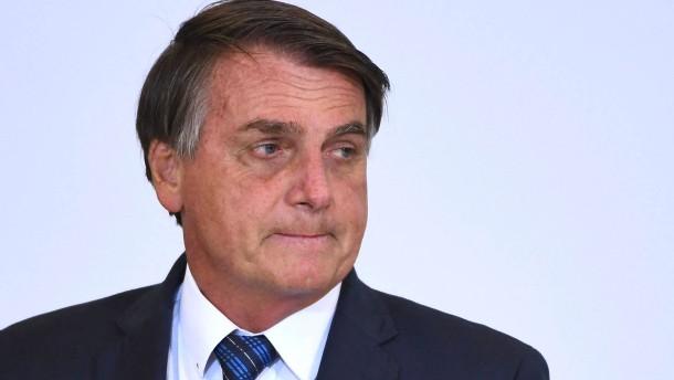 Schärfere Corona-Maßnahmen trotz Bolsonaro-Drohungen in Brasilien