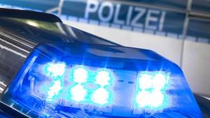Verletzte und Festnahmen nach Messerstecherei